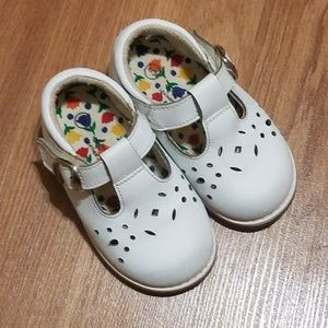 Baby girl toddler Mary Jane shoes